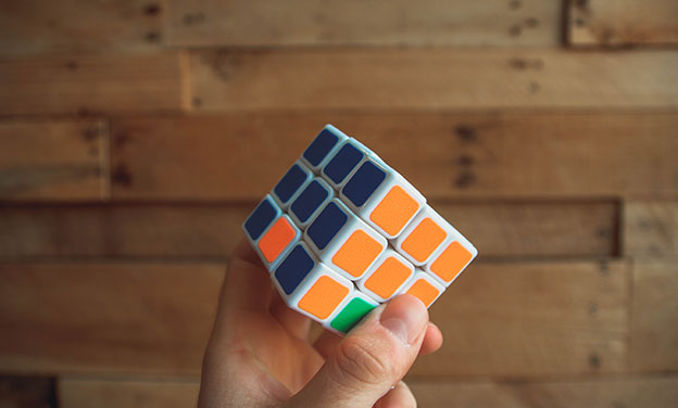 http://image.bestbrains.com/blog/educational-gifts/rubik-s-cube.jpg