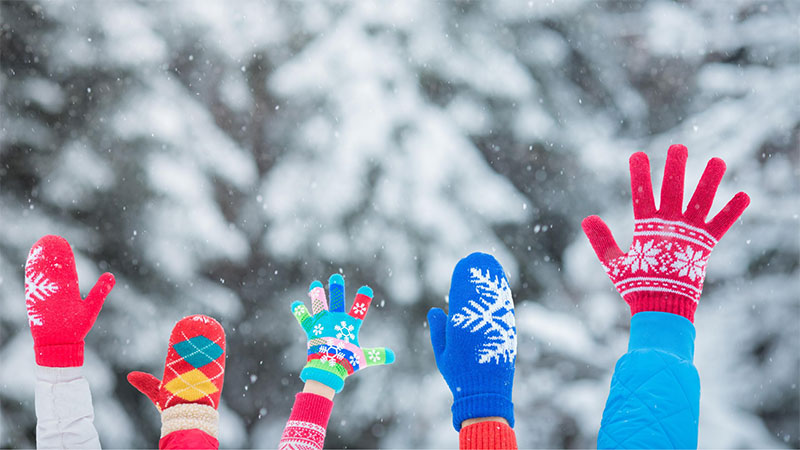 winter fun,family, mittens, snow, winter forest