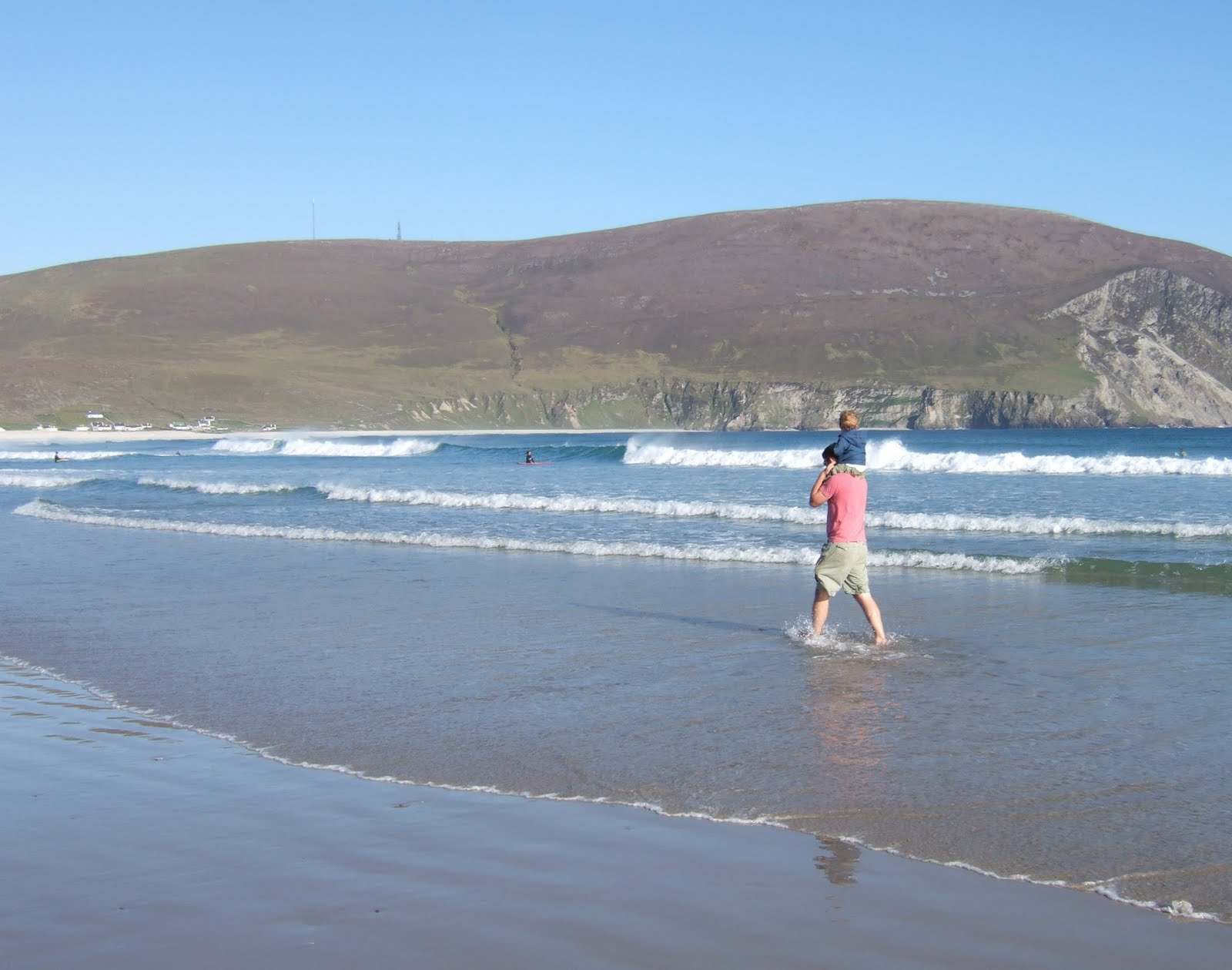 http://image.bestbrains.com/blog/lost-irish-beach/dooagh-beach.JPG