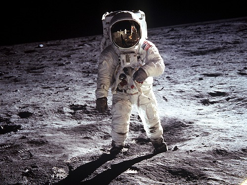 neil-armstrong-moon-day